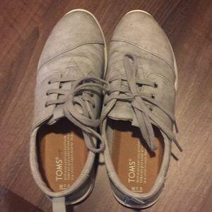 Toms sneakers 7.5